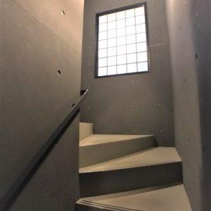 画像:建物内階段