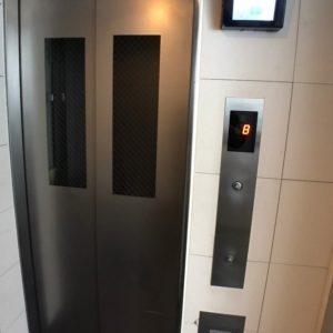 画像:エレベーター
