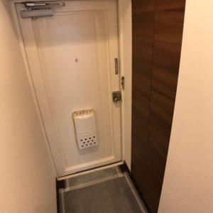 画像:内側から見た玄関