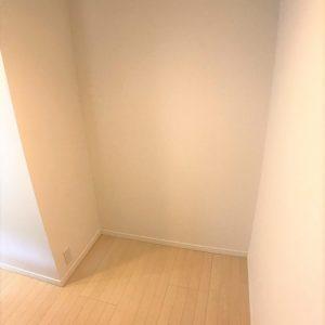 画像:キッチン後ろの棚
