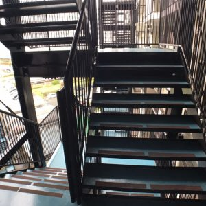 画像:非常階段