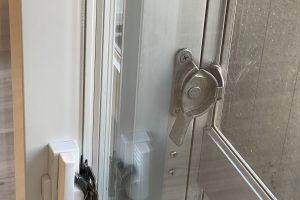 画像:リビング窓の鍵