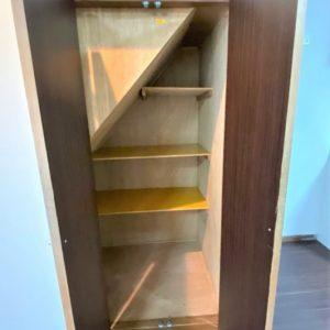 画像:階段下収納